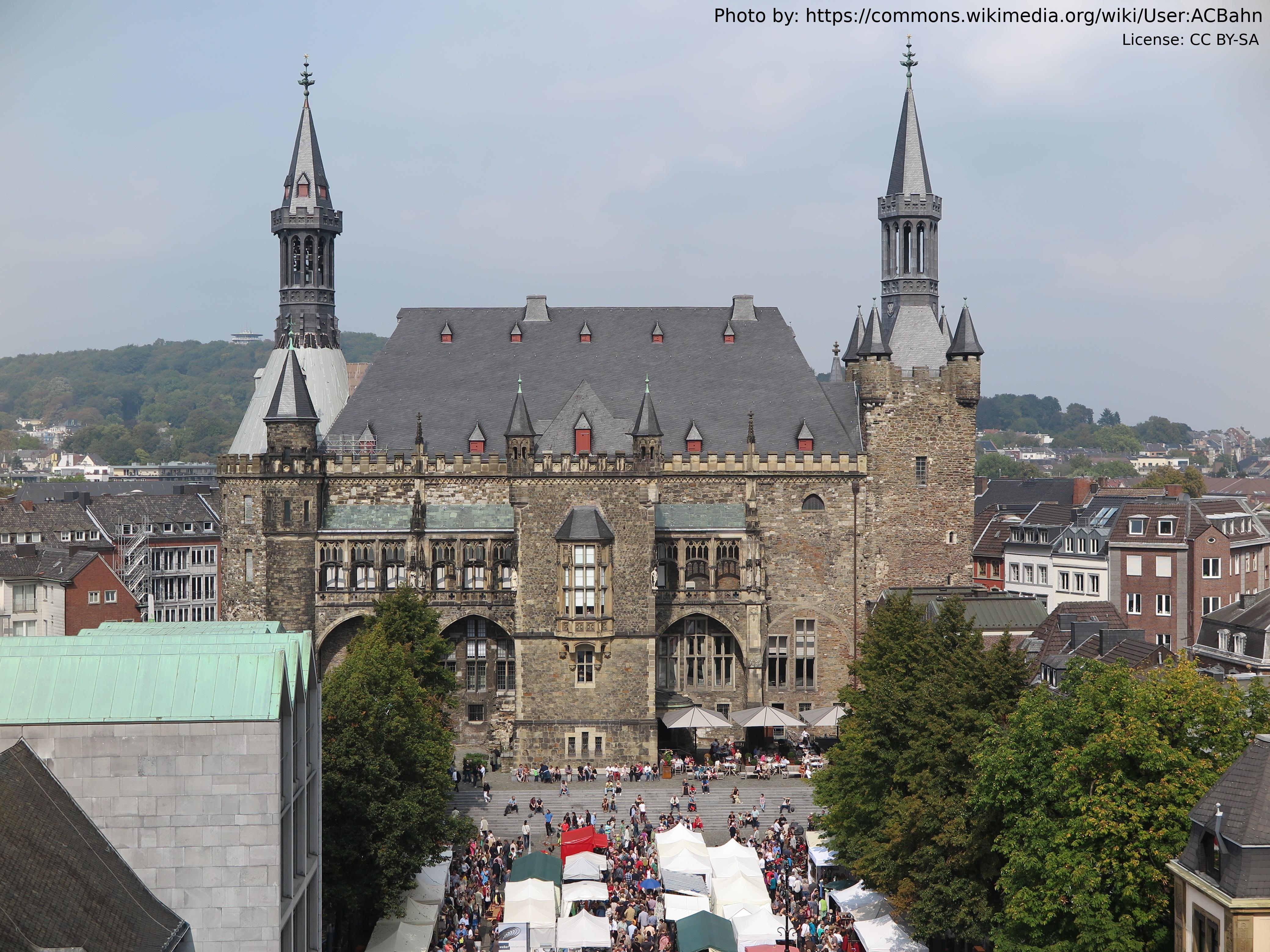 AC_Dom_Rathaus